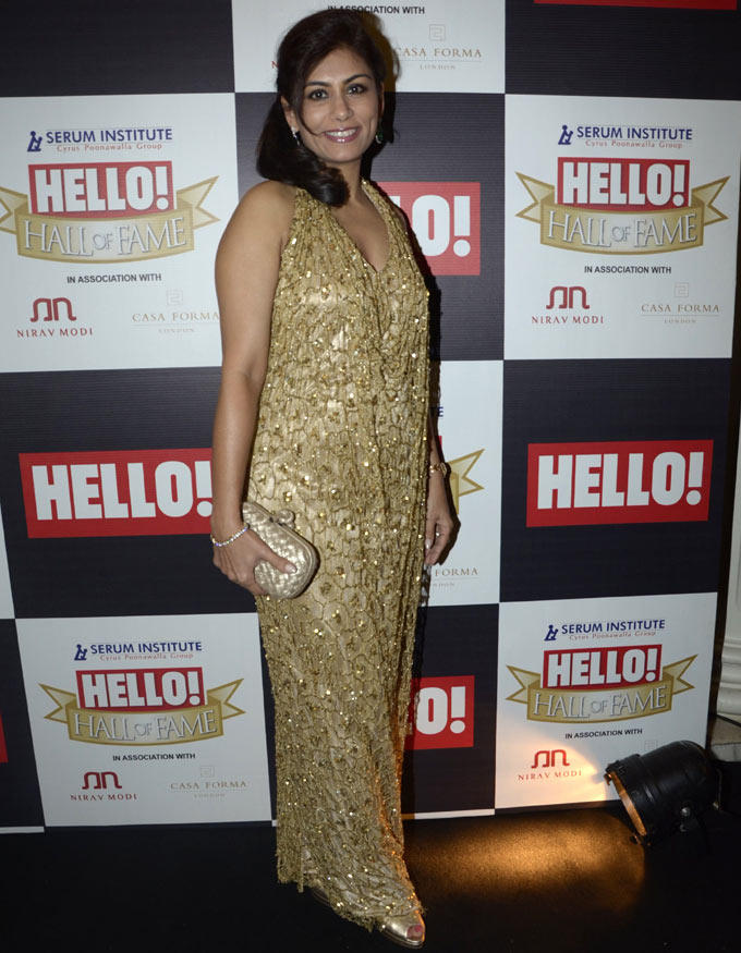 Deepika Smiling Look Photo At Hello Hall Of Fame Awards 2012