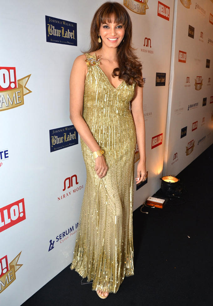 Diana In A Golden Gown At Hello Hall Of Fame Awards 2012