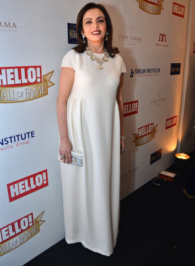 Nita Ambani Looked Simple In A White Gown At Hello Hall Of Fame Awards 2012