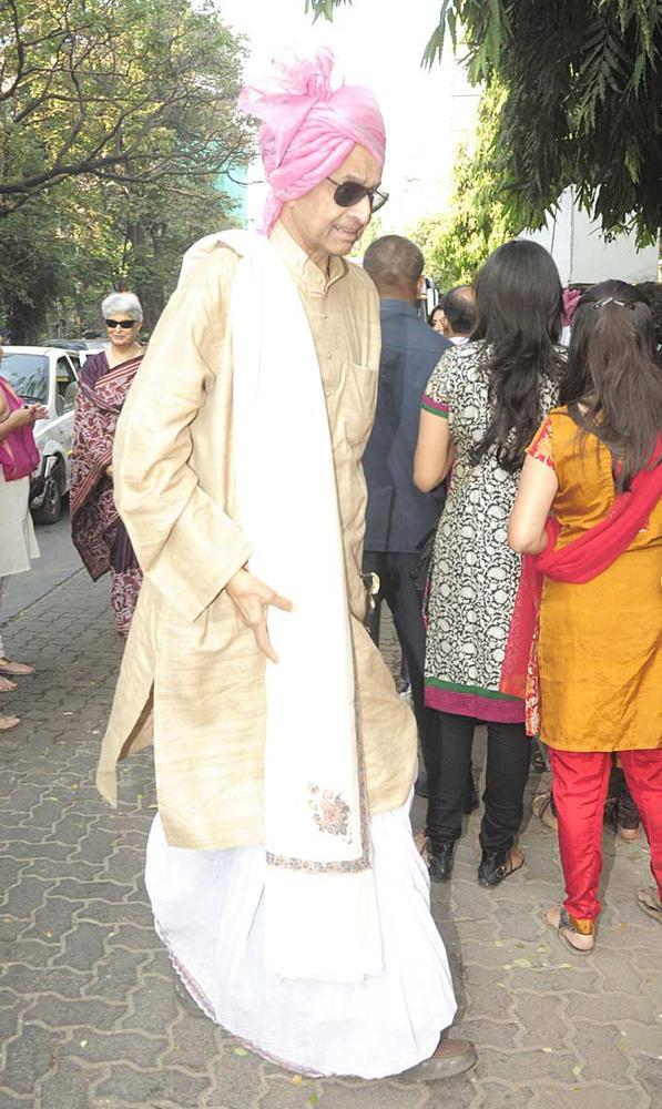 A Family Member At Siddharth And Vidya Wedding Ceremony