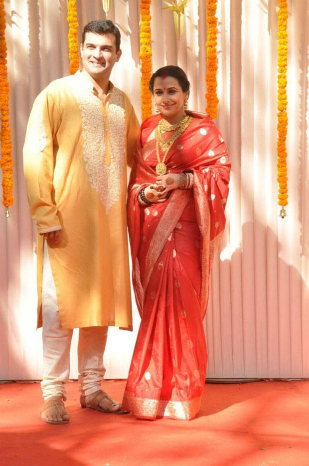 Vidya And Siddharth Pose For Camera At Their Wedding Ceremony