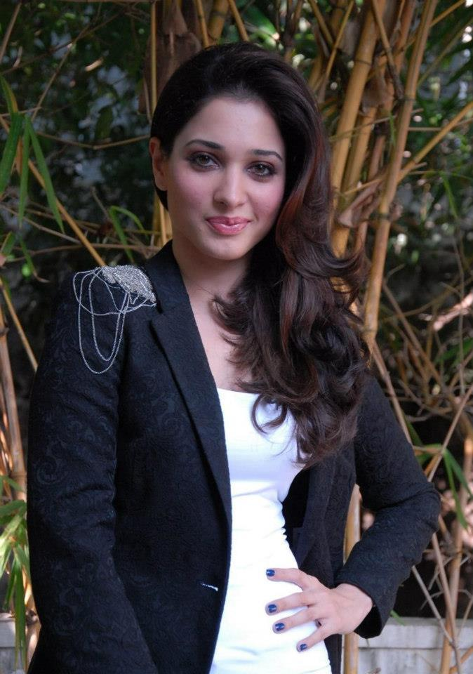 Tamanna Bhatia Sizzling And Attractive Photo Still