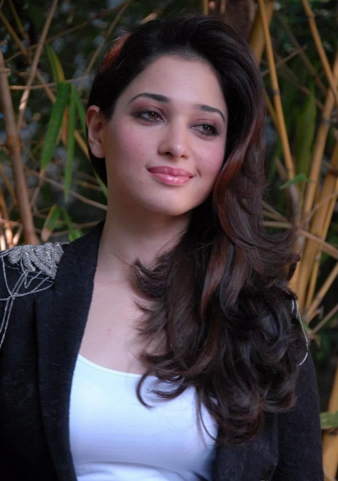 Tamanna Trendy Looking Photo Still In A Black Over Coat