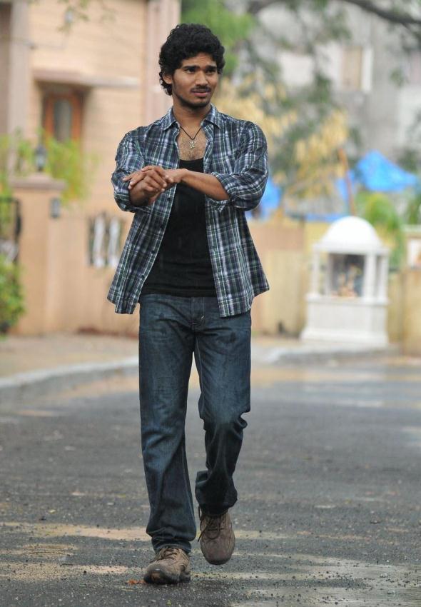 Sudhakar Lokked Dashing In Movie Life Is Beautiful