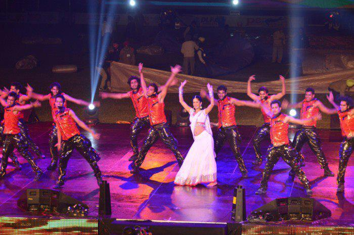 Katrina Dancing On Stage At The Kabaddi World Cup Closing Ceremony