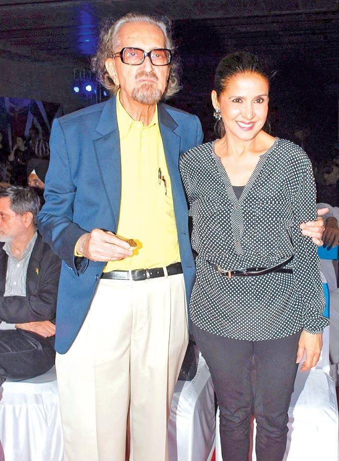 Alyque Padamsee With Sharon Posed For Camera In A Music Concert Event