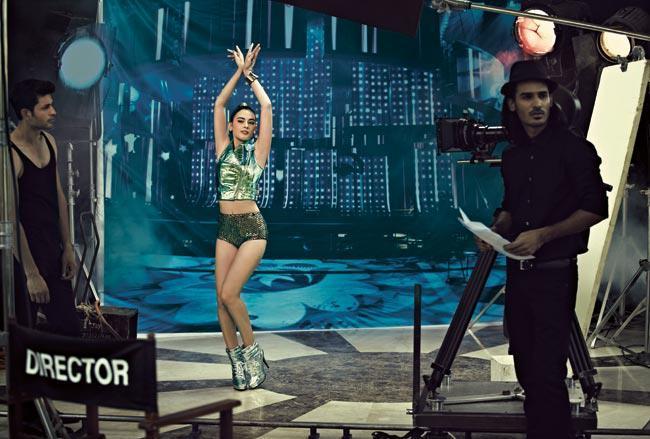 Evelyn Sharma Sexy Look Photo Shoot