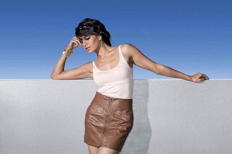 Jacqueline Fernandez Bold Look Still From Race 2