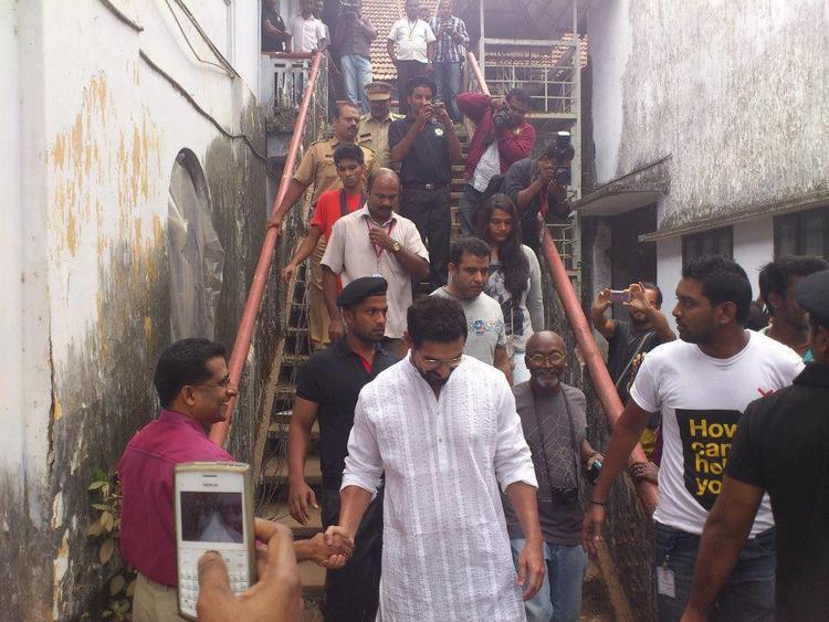 John Abraham Make A Visit Of Kochi Muziris Biennale
