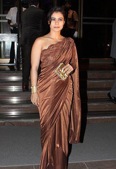 Kajol Devgan Hot And Sexy Look In Saree At Abhinav And Ashima Shukla Wedding Reception