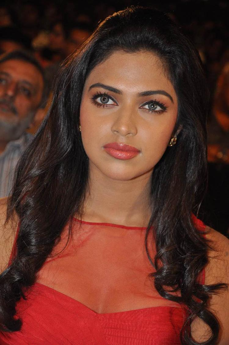Amala Sizzling And Attractive Photo At Naayak Audio Release Function
