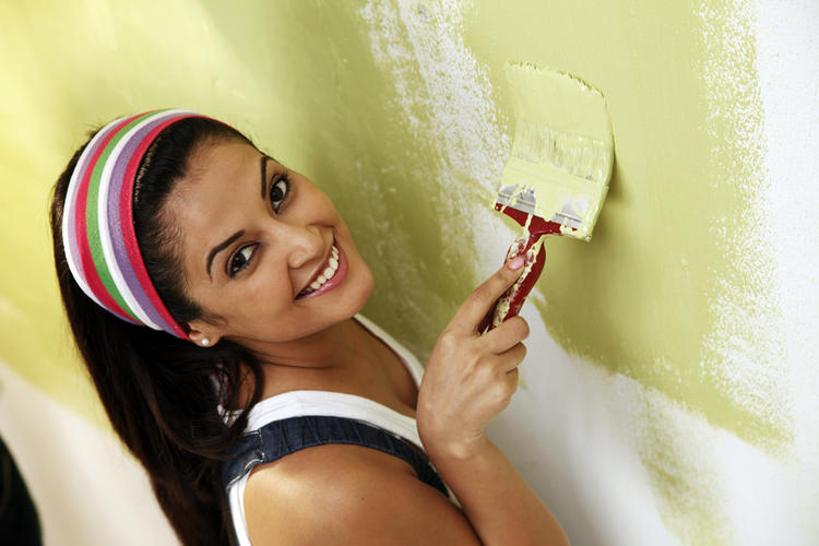 Disha Pandey Cute Smiling Still Photo In Painting