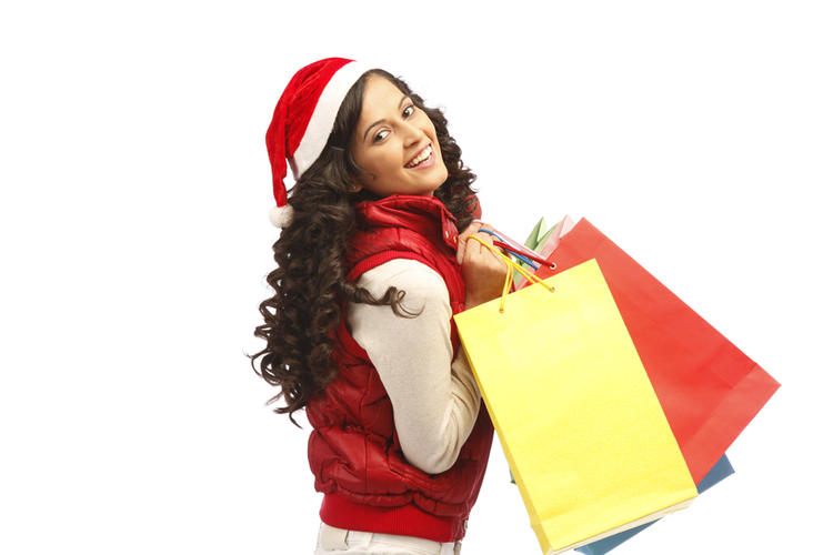 Disha Pandey Trendy Looking Photo Still With Shopping Bags