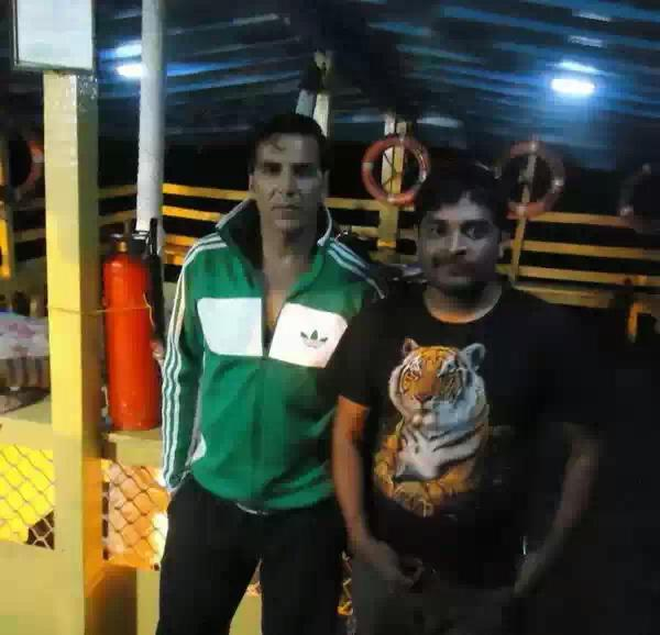 Akshay Kumar Posed On The Sets Of Once Upon A Time In Mumbai 2