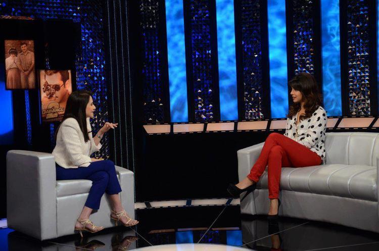 Priyanka Chopra And Anupama Chopra On The Front Row Show