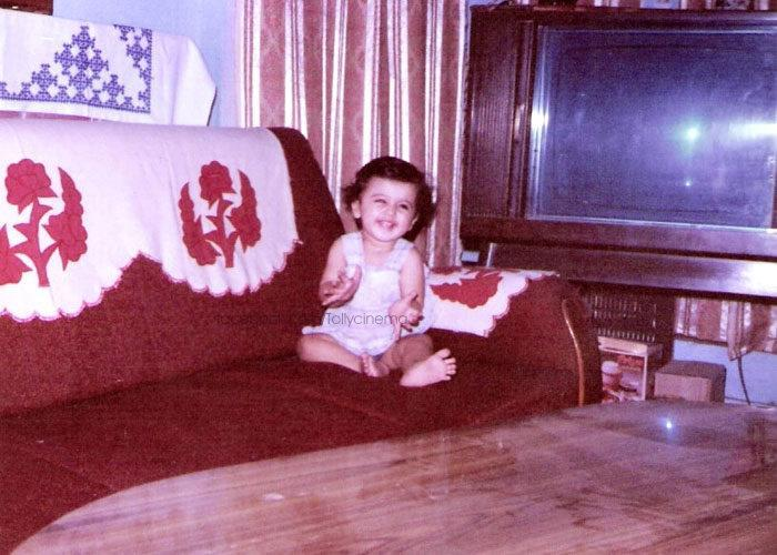 Taapsee Pannu Sweet Smiling Childhood Photo
