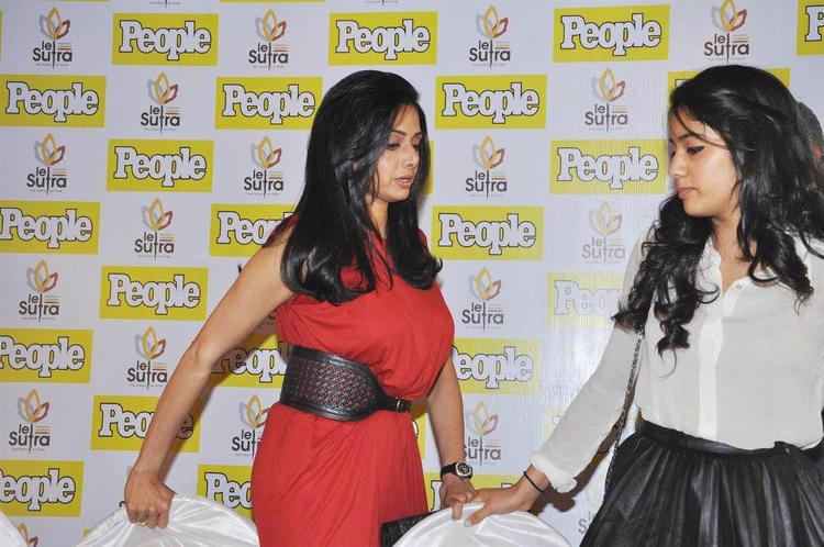 Sridevi With Daughter Jhanvi Photo Clicked At People Magazine Cover Launch
