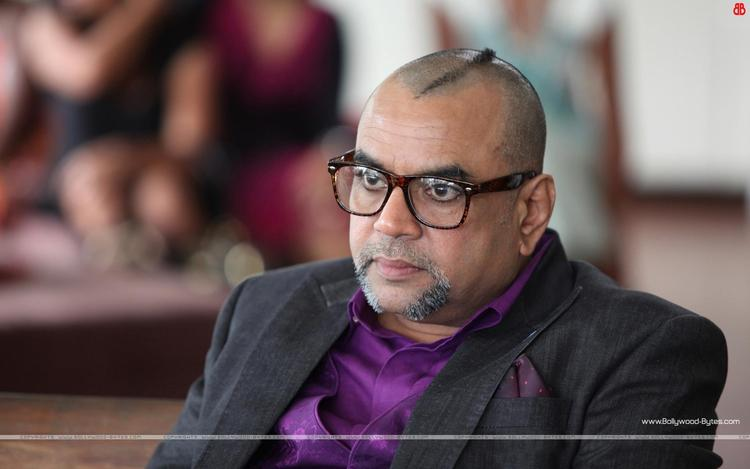 Paresh Rawal Cruel Look Photo From Movie Table No. 21