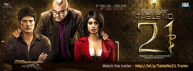 Paresh With Tena And Rajeev On Movie Table No. 21 Poster