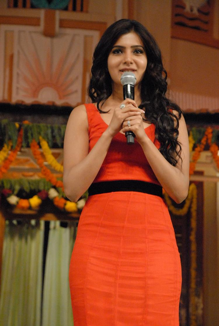 Samantha Glamour Look At SVSC Audio Release Function