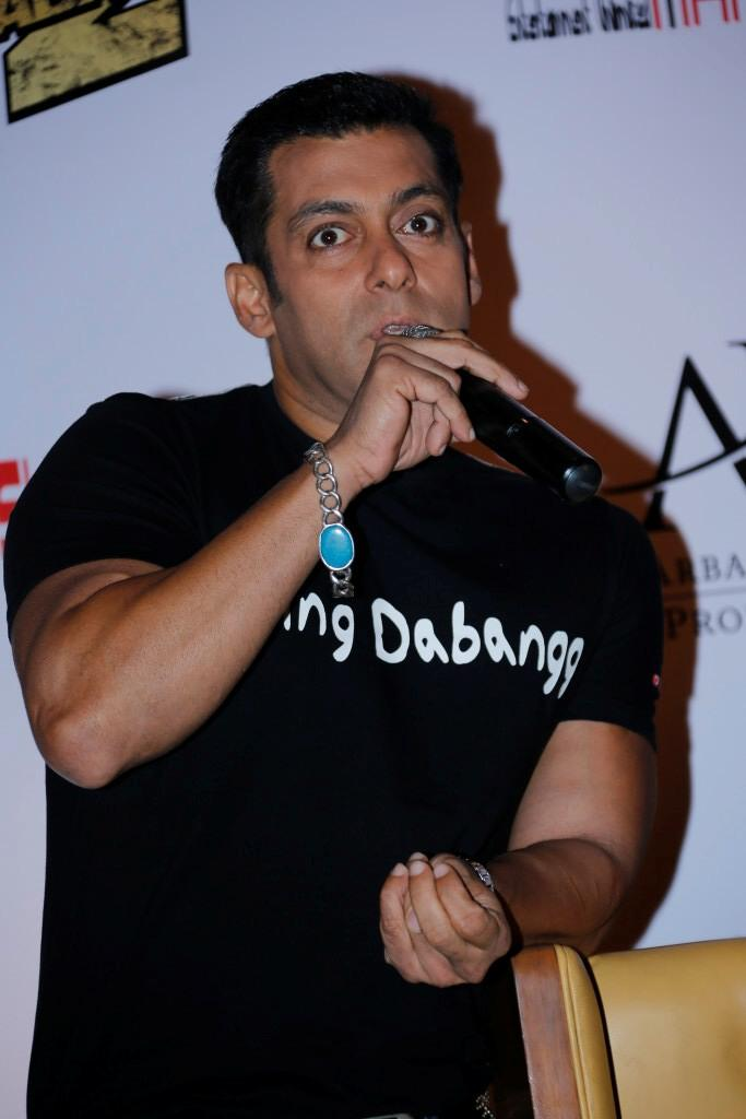Salman Khan Speaks Out At Hyderabad For Promoting Of Dabangg 2
