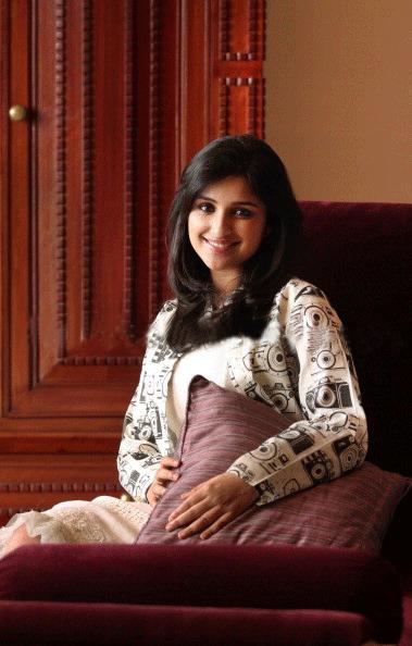Parineeti Chopra Cute Smiling Look Photo Shoot