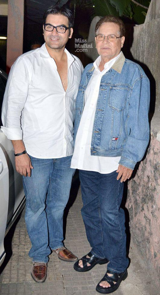 Salim Khan With Son Arbaaz Khan Posed At Dabangg 2 Screening Event