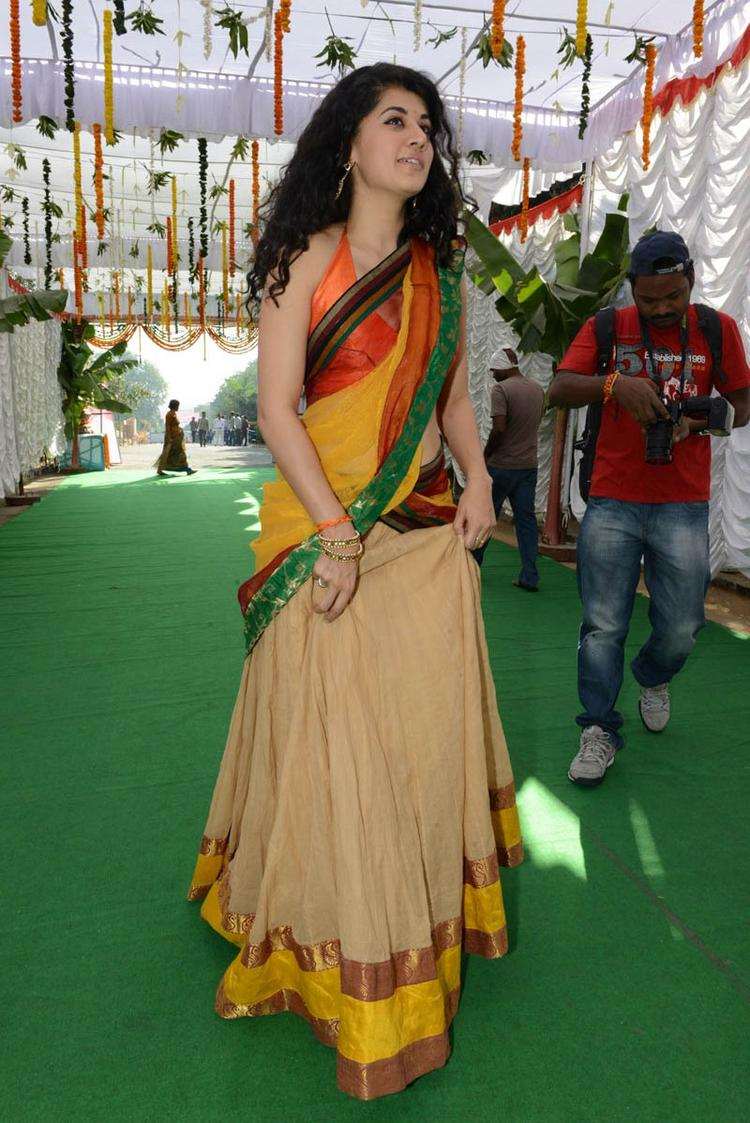 Taapsee Pannu Attend The Launch Of Muni 3 Movie