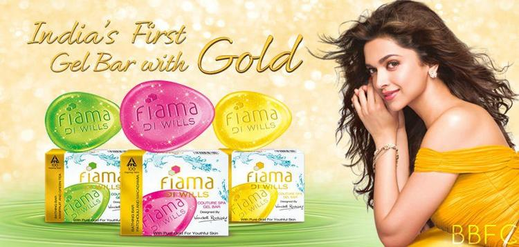 Deepika Padukone Dazzling Face Look Photo In Fiama Di Wills Print Ad