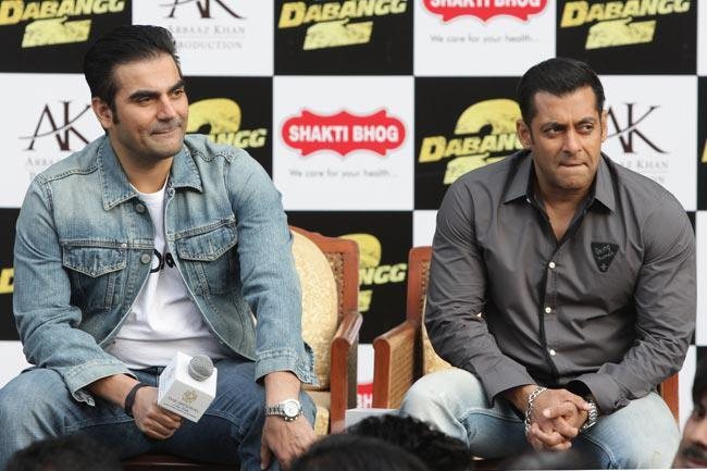 Salman And Arbaz Arrived At Dabangg 2 Promotion In Delhi
