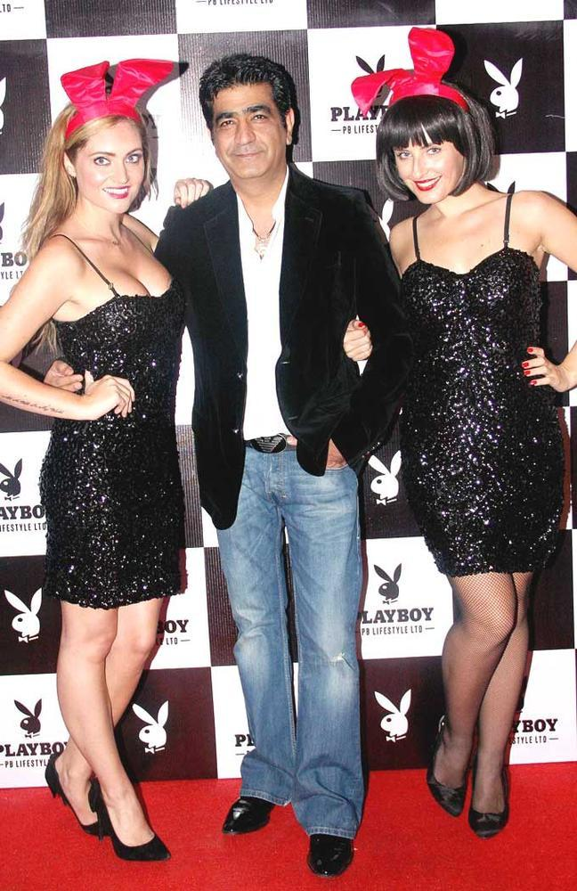 Kishen Kumar With Hot Playmate Girls Pose For Photo At The Playboy Bash
