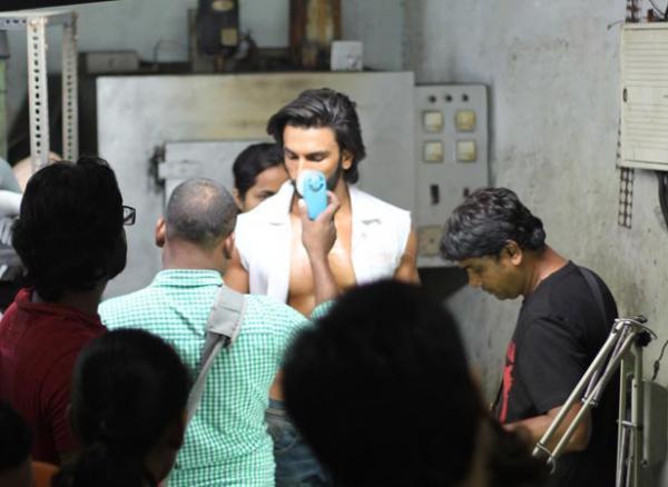 Ranveer Singh Nice Look Photo Shoot For Filmfare January 2013 Issue