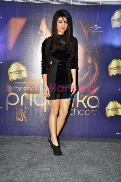 Priyanka Glamour Look At Blenders Pride Event For Promoting Her Album In My City