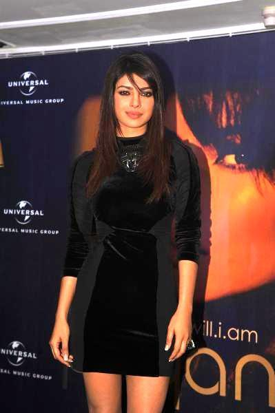 Priyanka Stunning Look Pose During The Promotion Of In My City Album At Blenders Pride Event