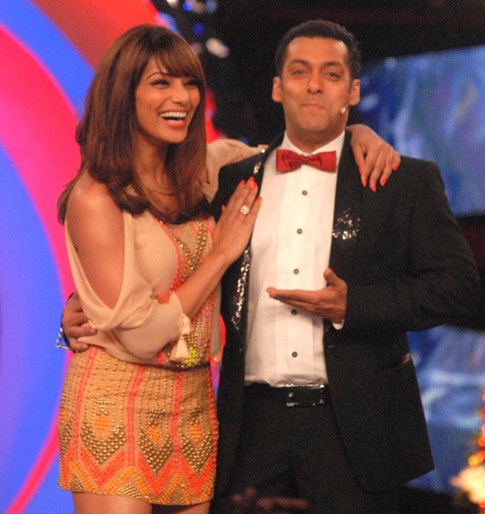Salman Khan With Bipasha Basu On Bigg Boss 6 House