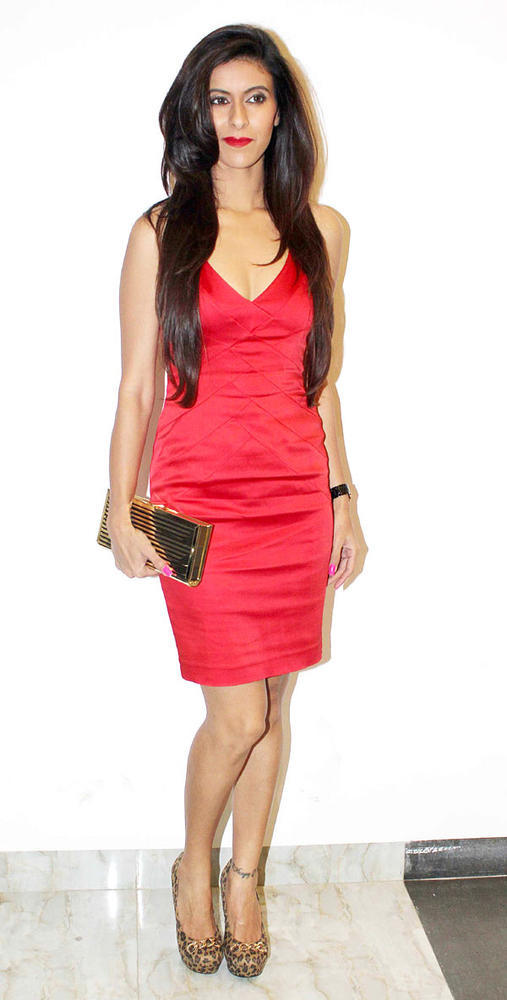 Neha Looked Hot In A Red Mini Dress At Karishma Tannas Birthday Bash