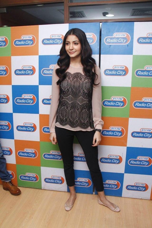 Anushka Photo Clicked At Radio City 91.1 FM For Promotion Of MKBKM