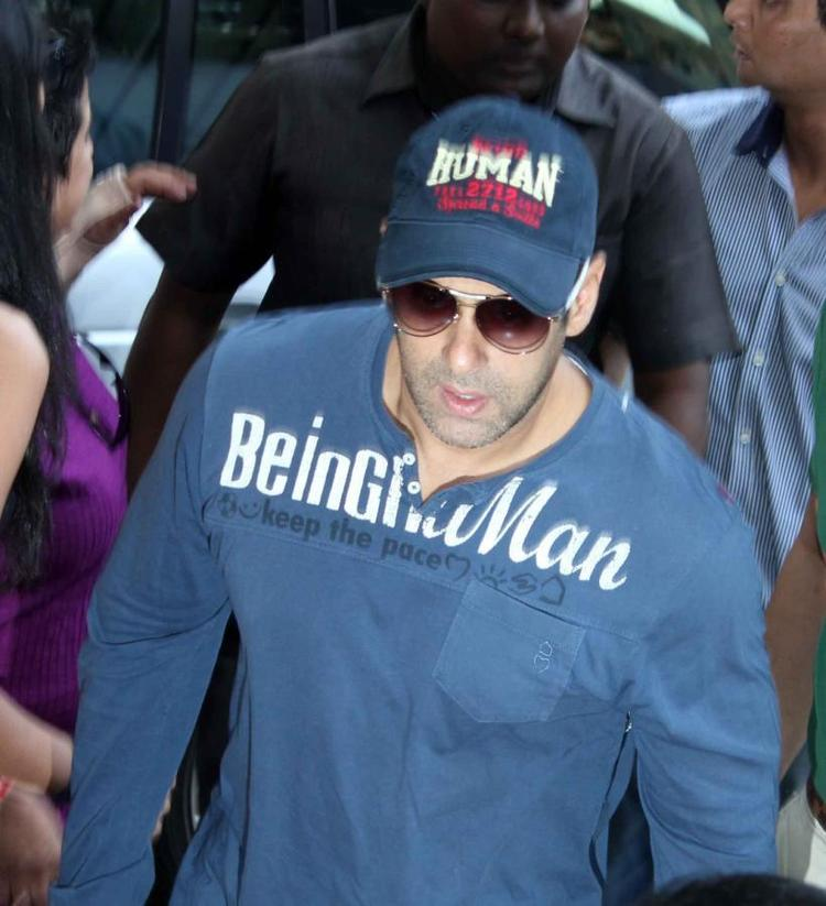 Salman In Blue At Cafe Coffee Day For Dabangg 2 Promotion