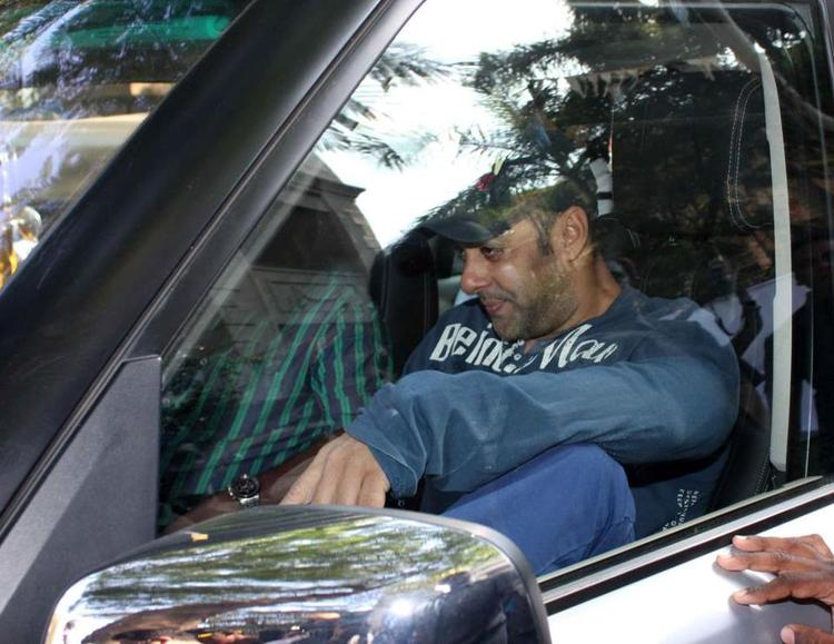 Salman Snapped In Car At Cafe Coffee Day For Dabangg 2 Promotion