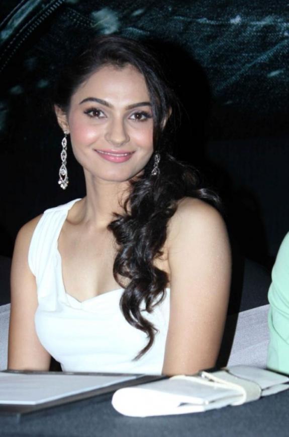 Andrea Jeremiah Nice Look With Cute Smiling Photo Still At Vishwaroop Hindi Movie Press Meet