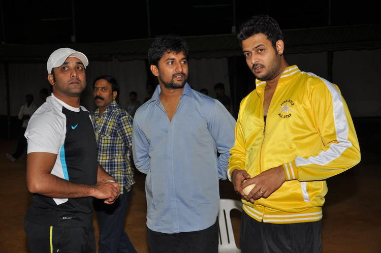 Tarun And Naveen With A Friend Photo Clicked During CCL Practice Match