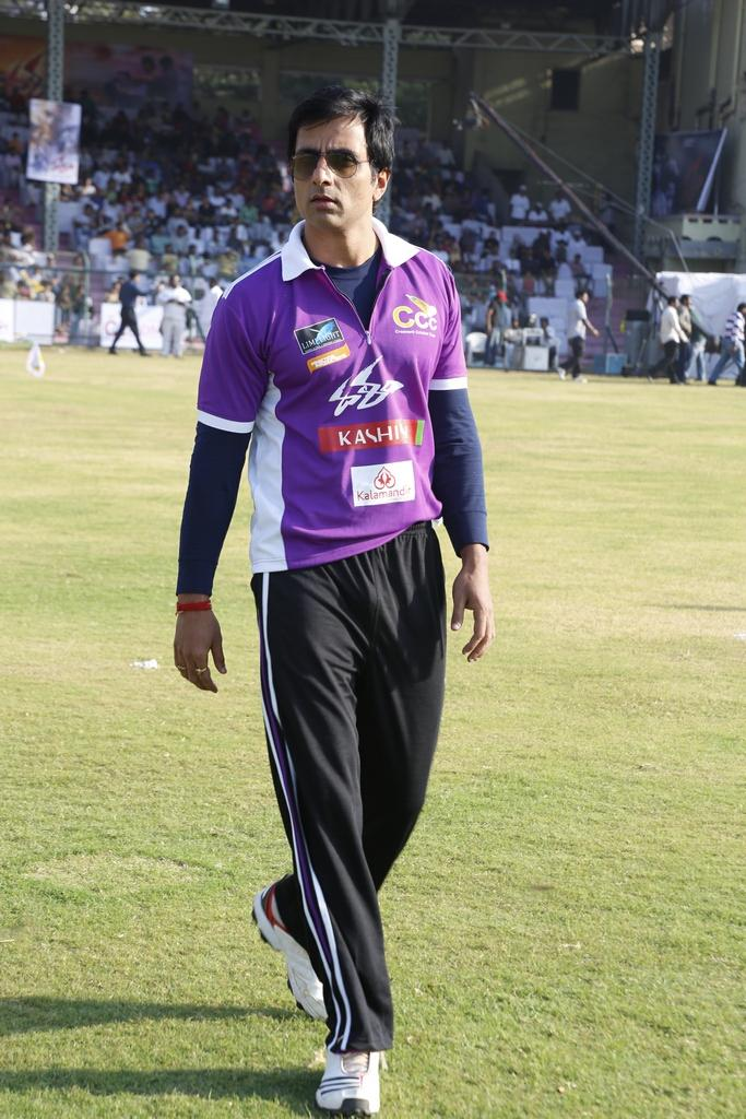 Sonu Sood Dashing Look Photo In Field During CCL Match
