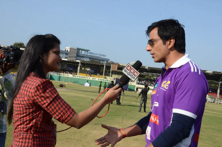 Sonu Sood Talking To Media Photo At Celebrity Cricket League Match