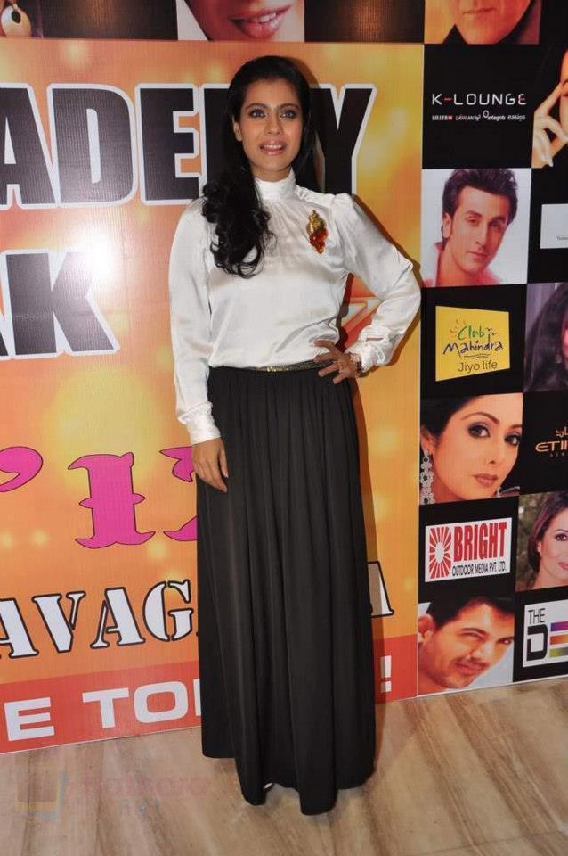 Kajol Devgn Posed For Camera At Star Nite 2012 Event