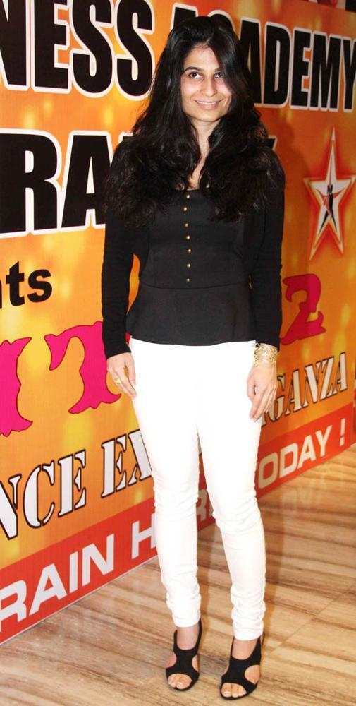 A Bollywood Celeb Make An Appearance At Star Nite 2012 By Star Dance Academy