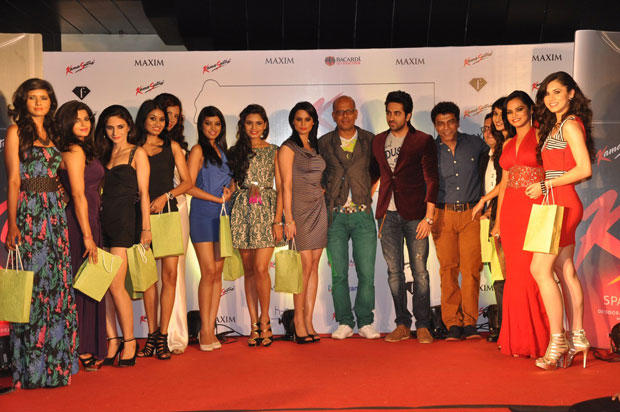 Ayushmann With Models Posed At Kamasutra Miss Maxim 2012 Grand Finale