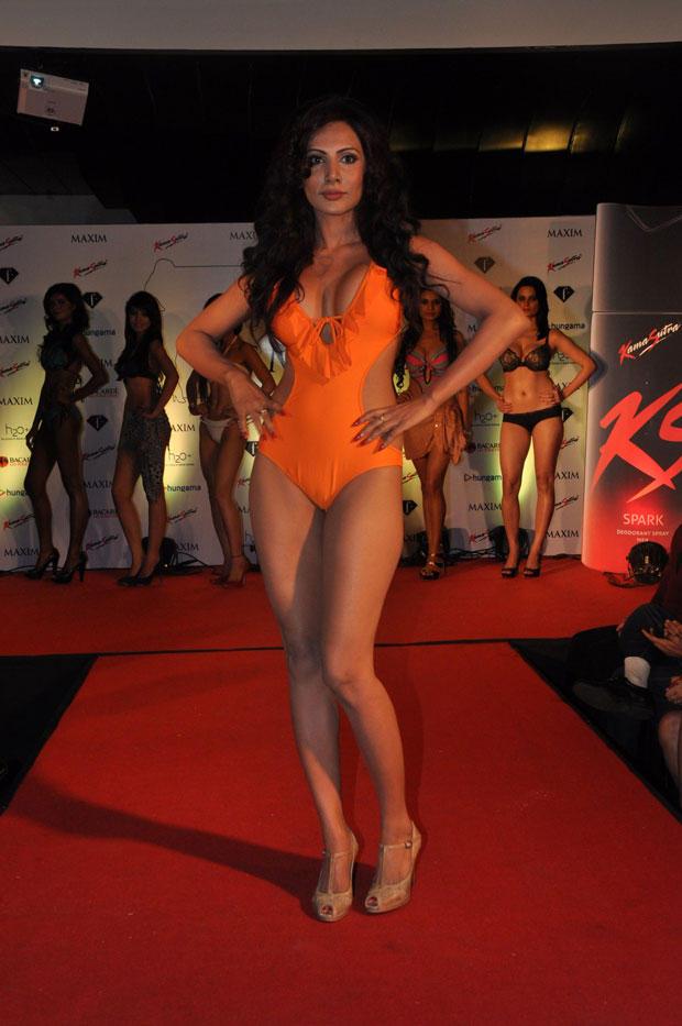 A Hot Model On Ramp At Kamasutra Miss Maxim 2012 Grand Finale