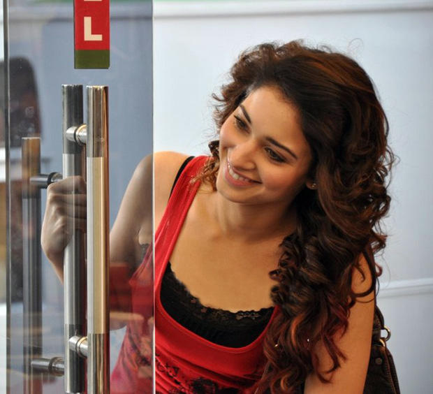 Tamanna Bhatia Cute Face Look Still