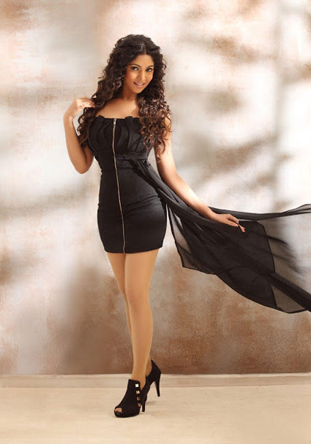 Bhanu Hot Photo Shoot In Black Mini Dress