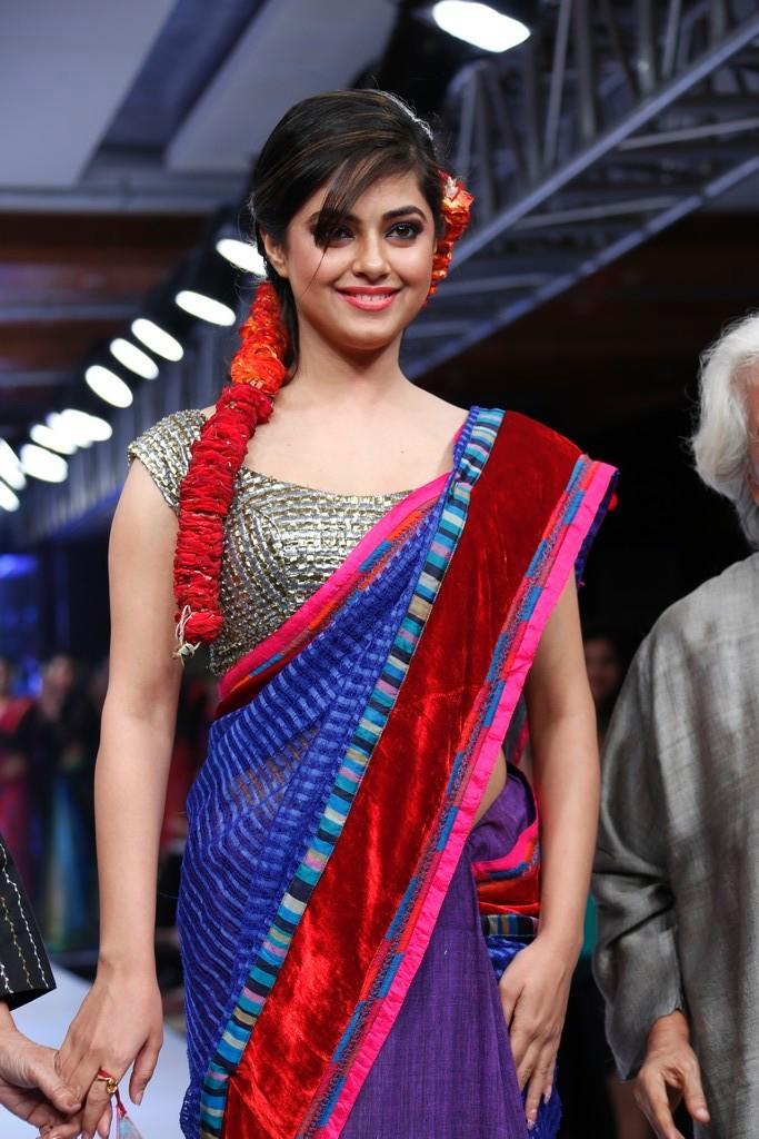 Meera Cute Smile Photo At Blenders Pride Hyderabad International Fashion Week